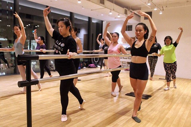 Looking for beginner ballet classes for adults? 👯‍♀️ At @wingstowingsdance, we believe that anyone can dance! Come and learn or re-learn your ballet foundation techniques in our dance studios at OUE @downtowngallerysg, level 3.  Book a trial class with us for just $20! ☎️ Call or email us to get started. Tag a friend to join you!👇