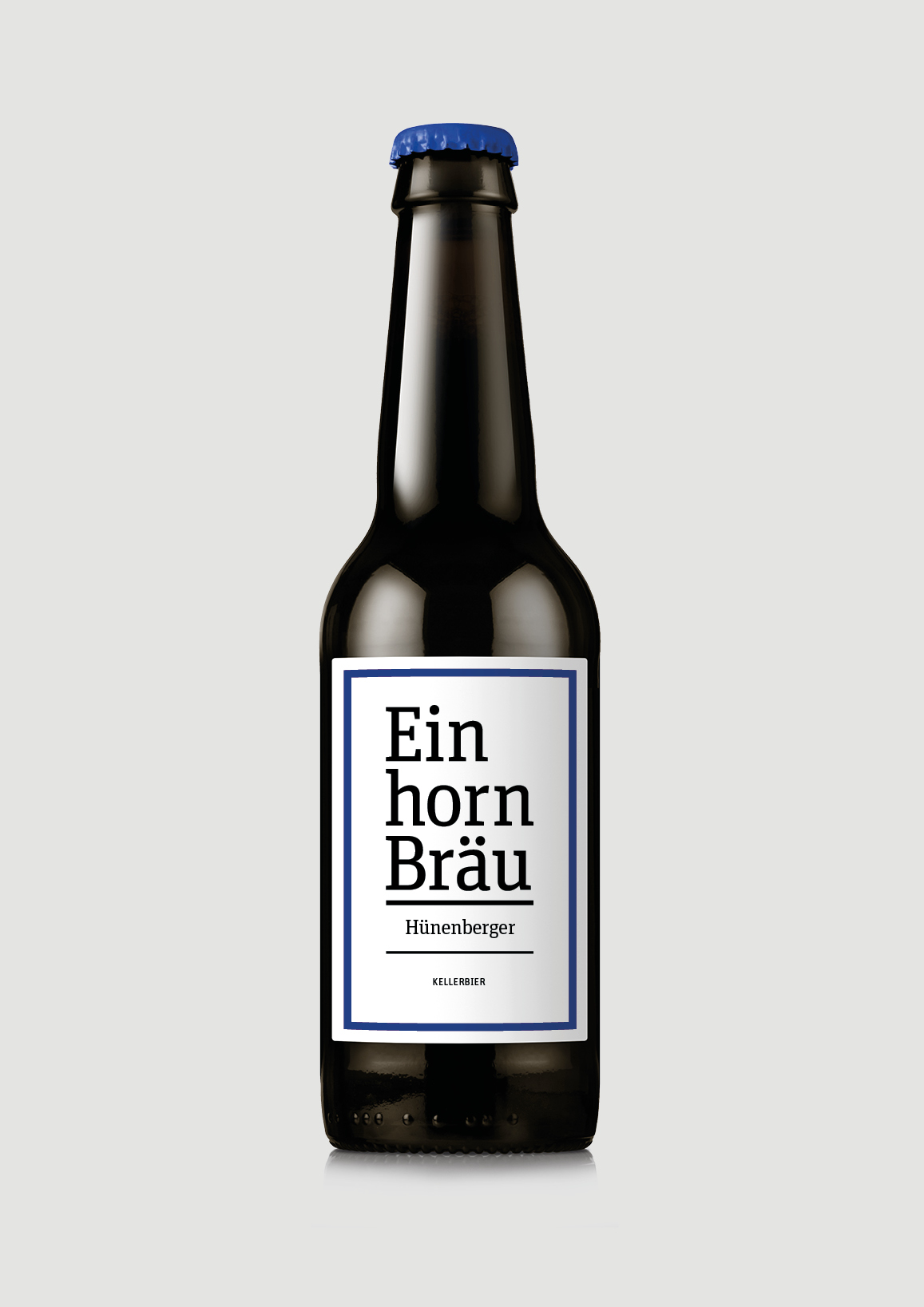Hünenberger - KellerbierNaturtrübes Lagerbier, welches aus drei Malz- und vier Hopfensorten gebraut wird. Unfiltriert abgefüllt, bekommt dieses Bier seine angenehme Spritzigkeit und verleiht ihm einen süffigen Charakter.unfiltriertes Bier4.8% volZutaten: Wasser, Gerstenmalz, Hopfen, HefeNährwertangaben: Energiewert 42 kcal/dl
