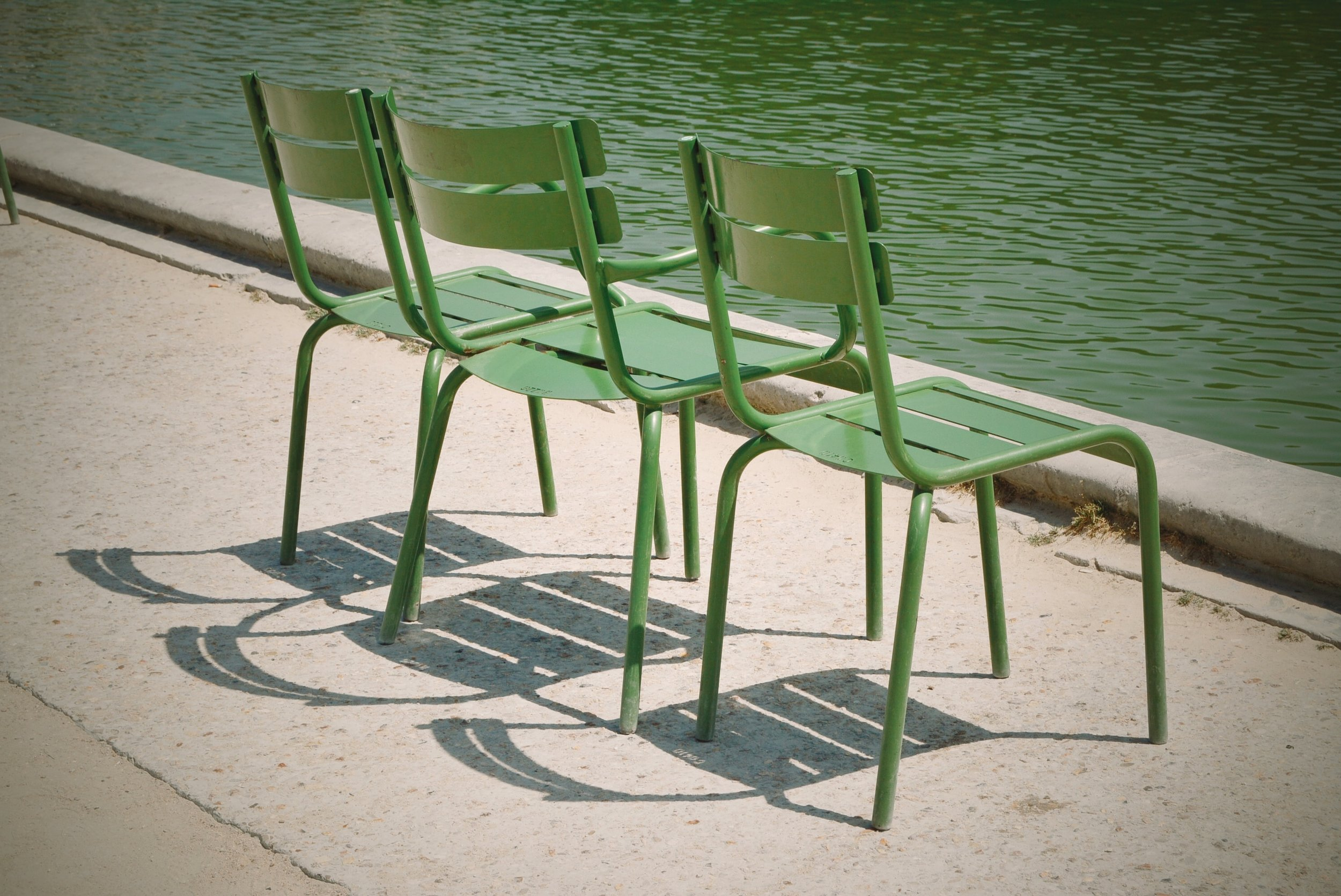 Farvede møbler