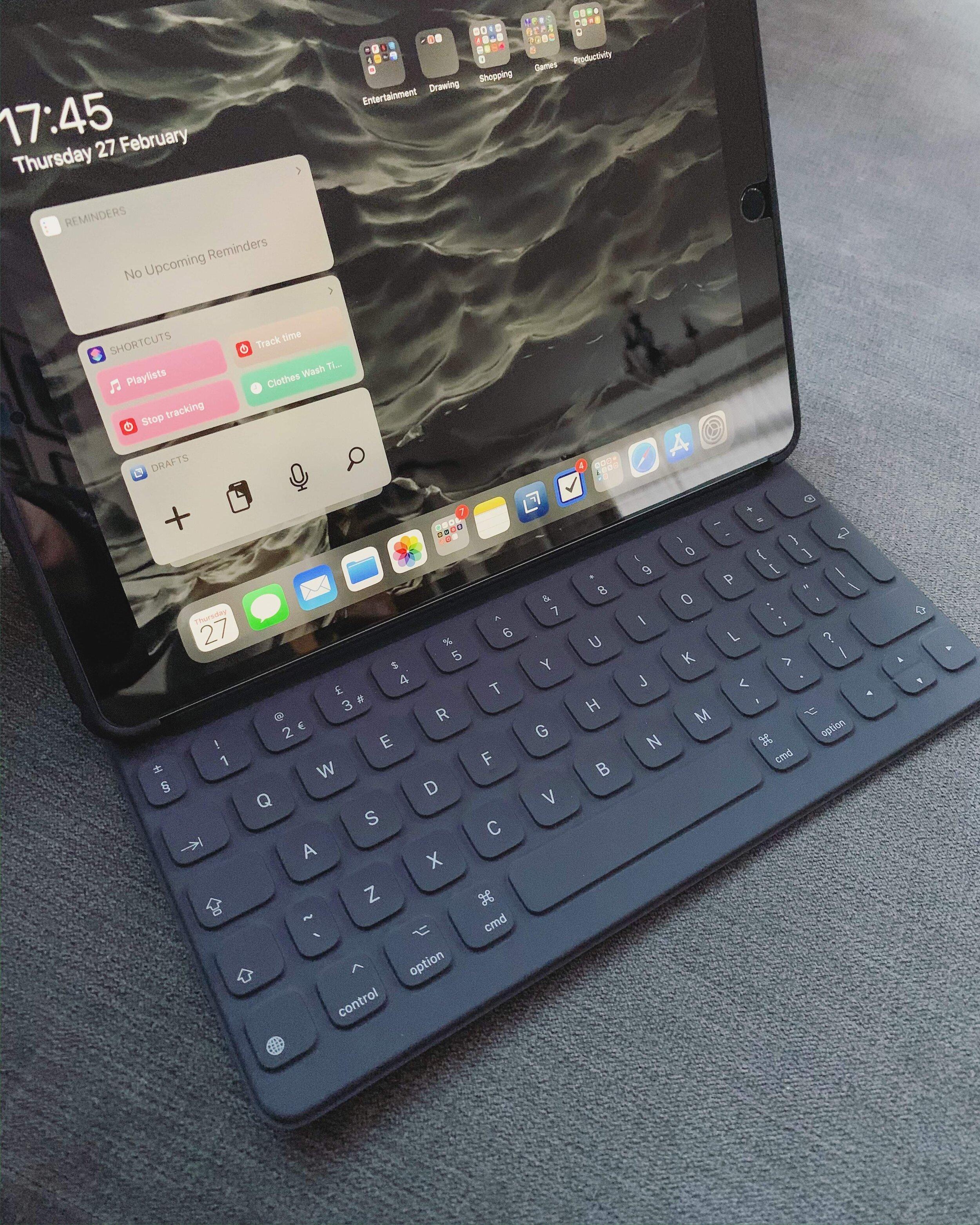 Apple Smart Keyboard.JPG