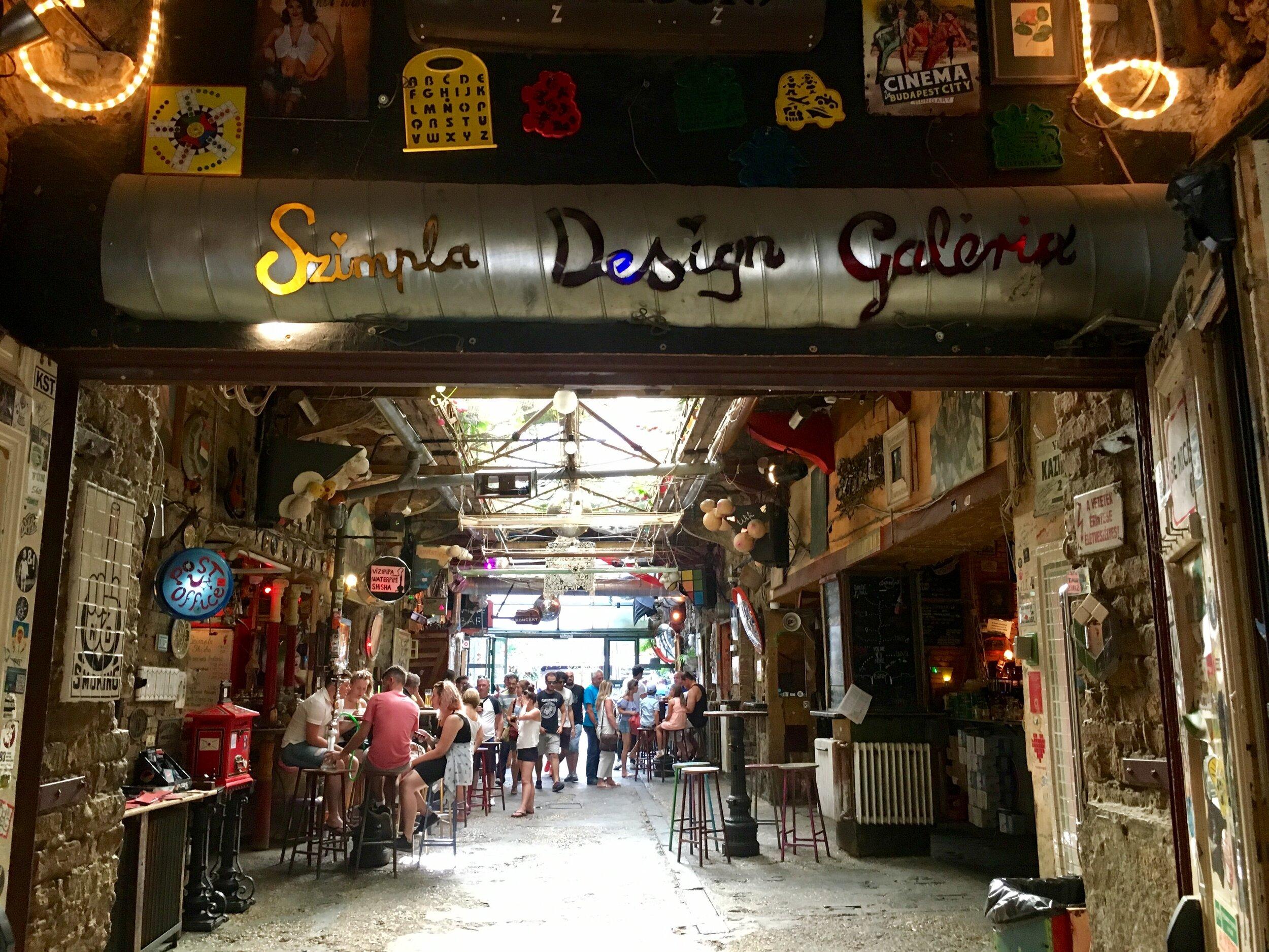 Szimpla Kert ruin bar - Budapest weekend guide