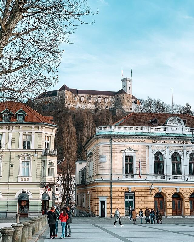 Another weekend, another European city to explore.? • One of my favorite things about this city so far is the fact that the Ljubljana Castle seems omnipresent. No matter where you are in the city, every time you look up, the castle is always looking down upon you!