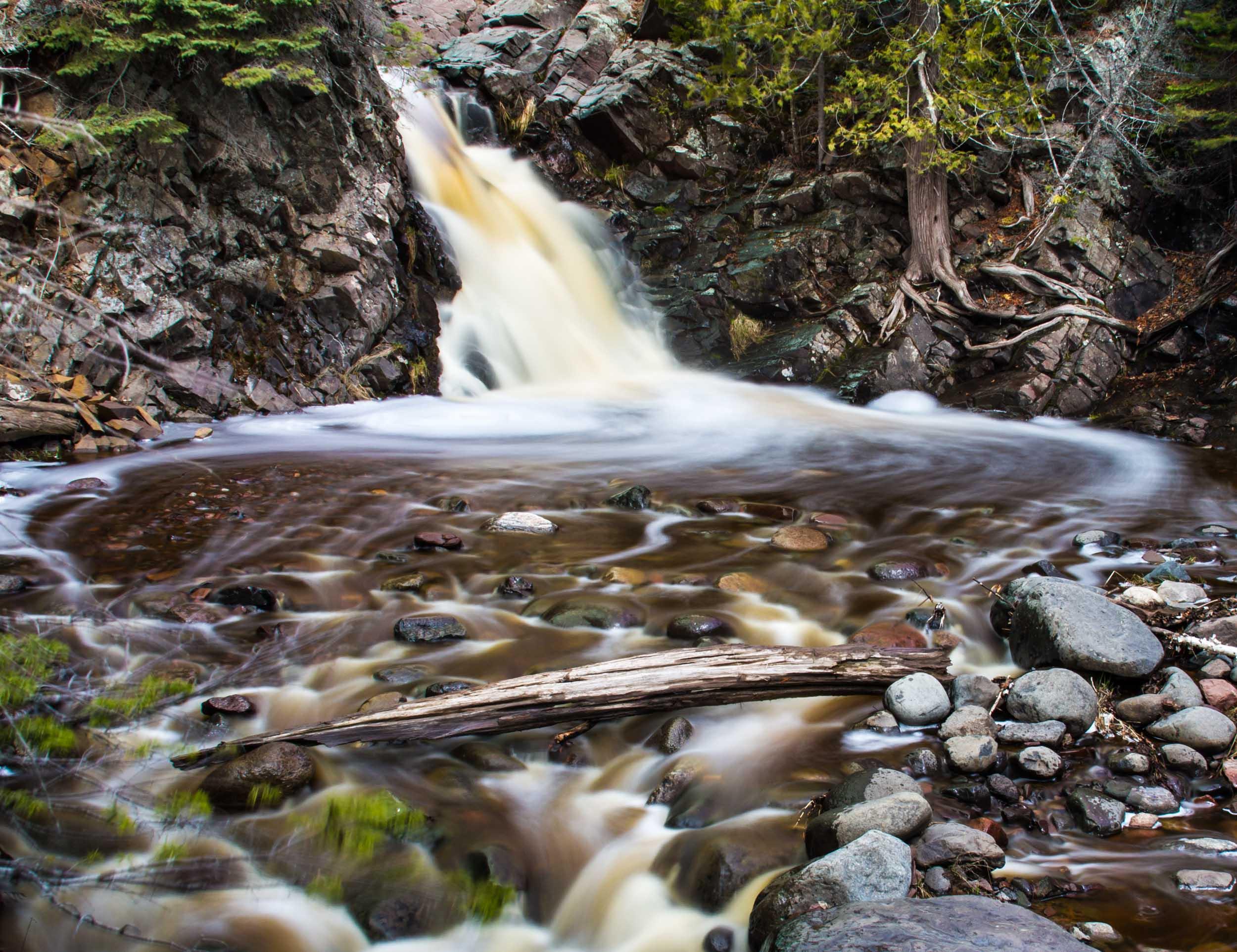 Falls River Spiral, MN 8017