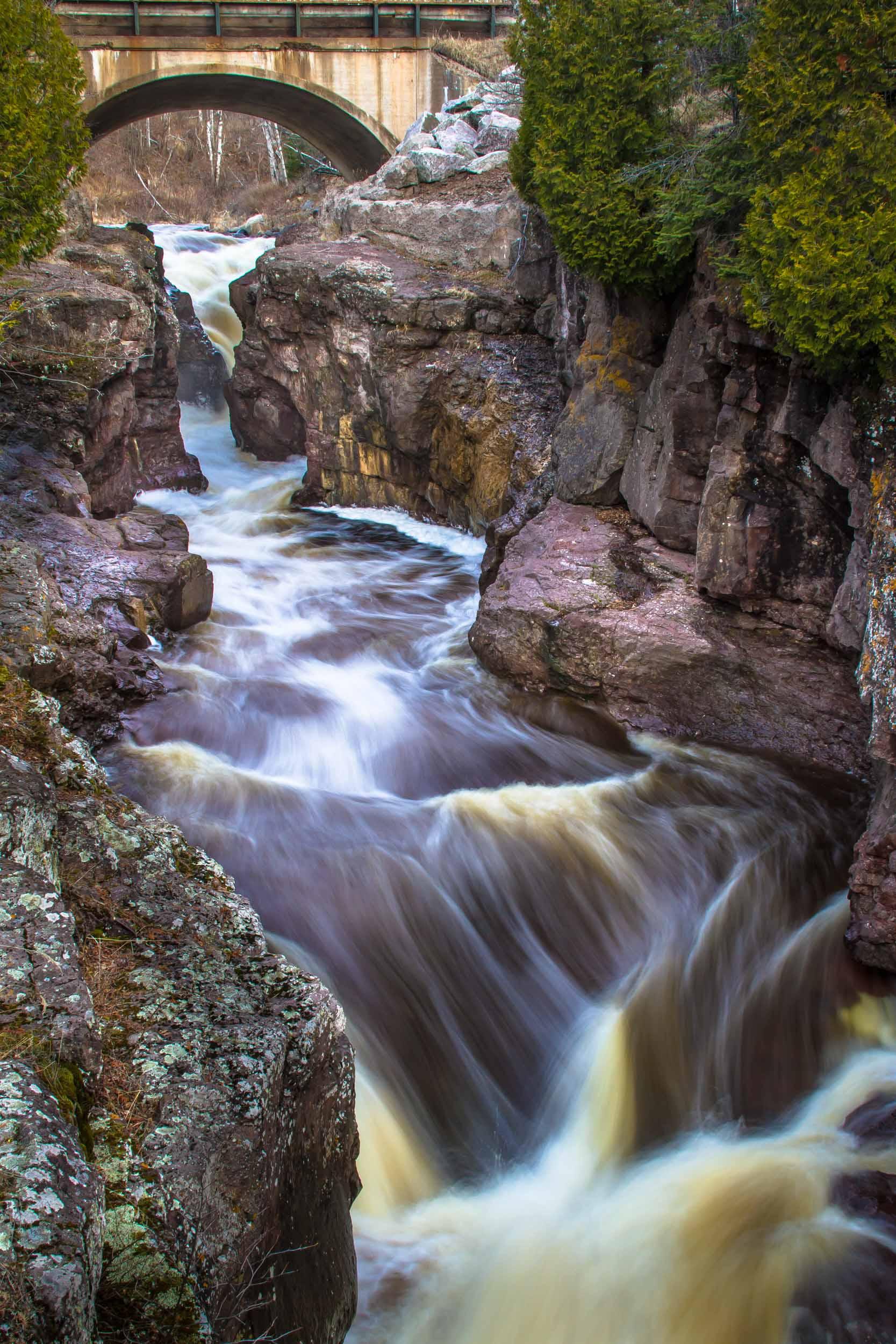 Waterfalls at the Temperance River, Minnesota   7921