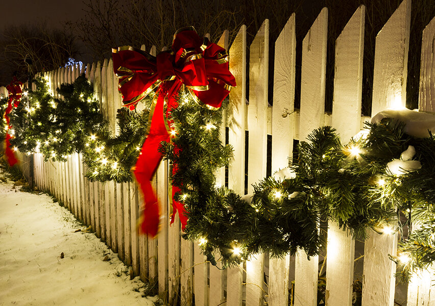 fence-lit-garland-holiday.jpg