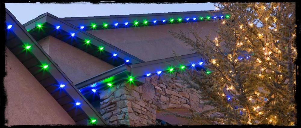 seahawks_blue_green_christmas_lights.jpg