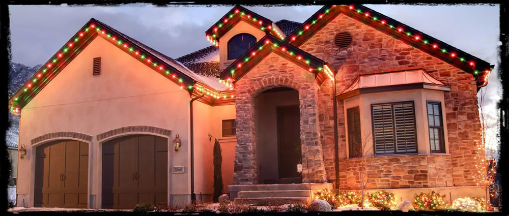 giftwrap_red_green_christmas_lights.jpg