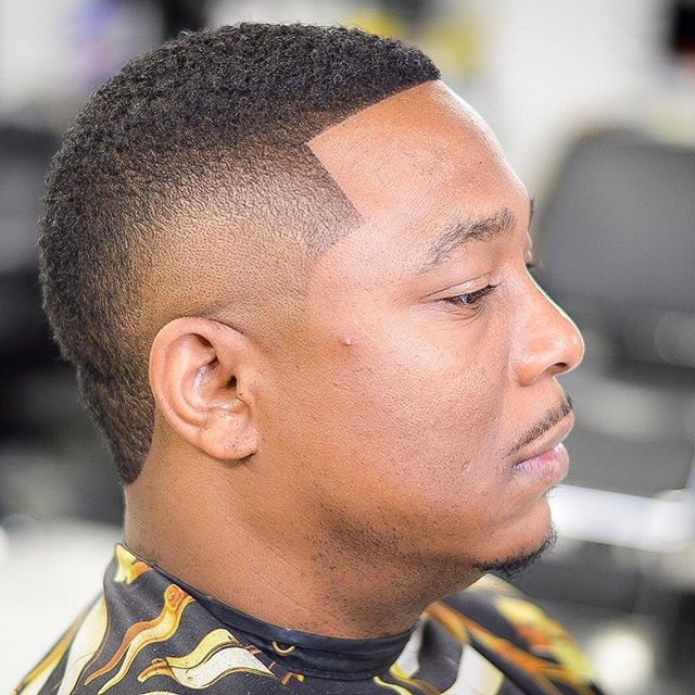 Make sure you bring in the New Year with a fresh cut from the best in the business... There's still time to book your appointment #fadeologybarbershop #fadeology #tampabarbershop #tampa  #tampabaybarbershop #barbersinctv #tampabarbershops #floridabarber #tampabarber #tampabarbers #macdill #barbershopconnect #813 #manweave #hairreplacementunit #universityoftampa @barbershopconnect @barbersinctv #usf #lutzbarber #orlandobarbers #crunchtampapalms #newtampabarber #wesleychapelbarber #tampahair #tampabaybuccaneers  #barberswanted.