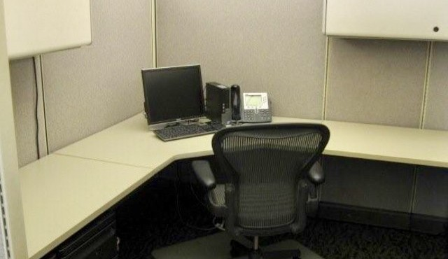 Herman Miller Canvas Modular AO2 Office Cubicle