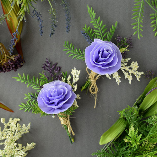 DIY-Paper-Flower-Boutonniere-feature-image-paperflowers-crepepaper-boutonniere-wedding-DIY-tutorial.jpg