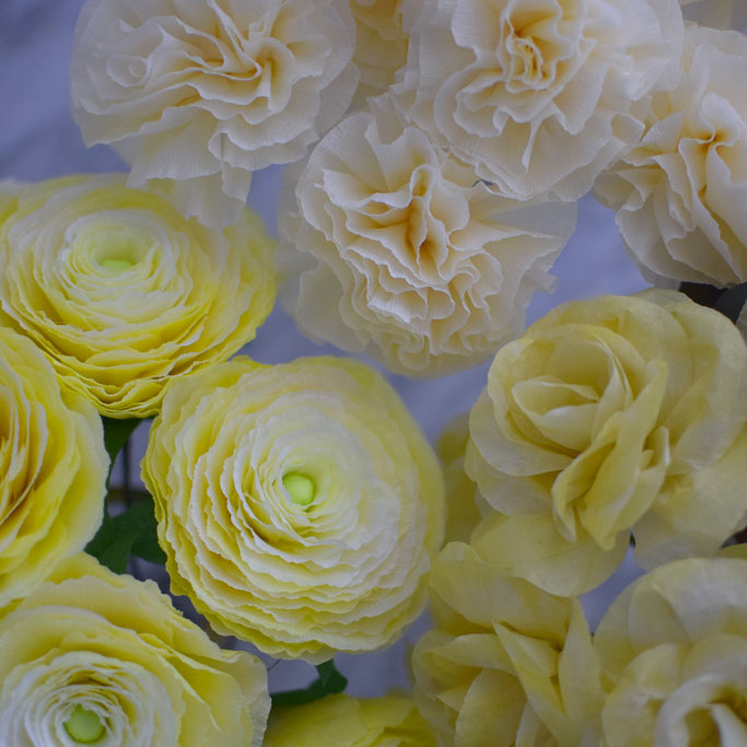 Yellow-Ranunculus-roses-carnation-feature-image-DIY-paperflowers-handmade.jpg