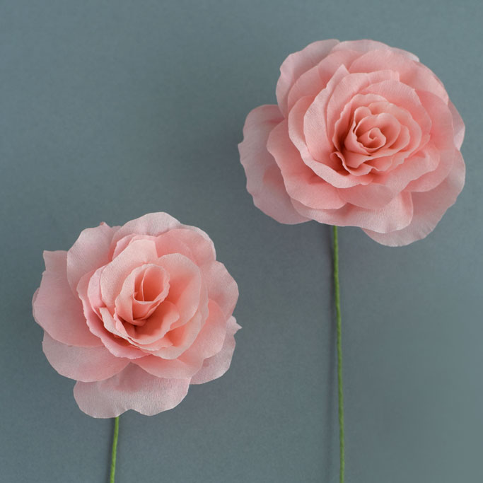 DIY-Dip-Dye-Paper-2-Pink-roses-feature-image-DIY-crepepaper-paperflowers.jpg