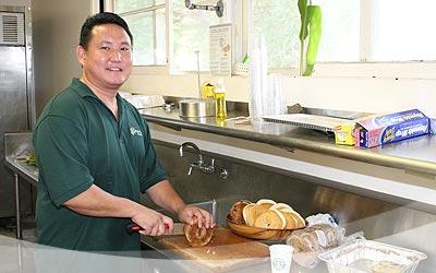 Chef Van Shigemoto preparing breakfast for workshop attendees.