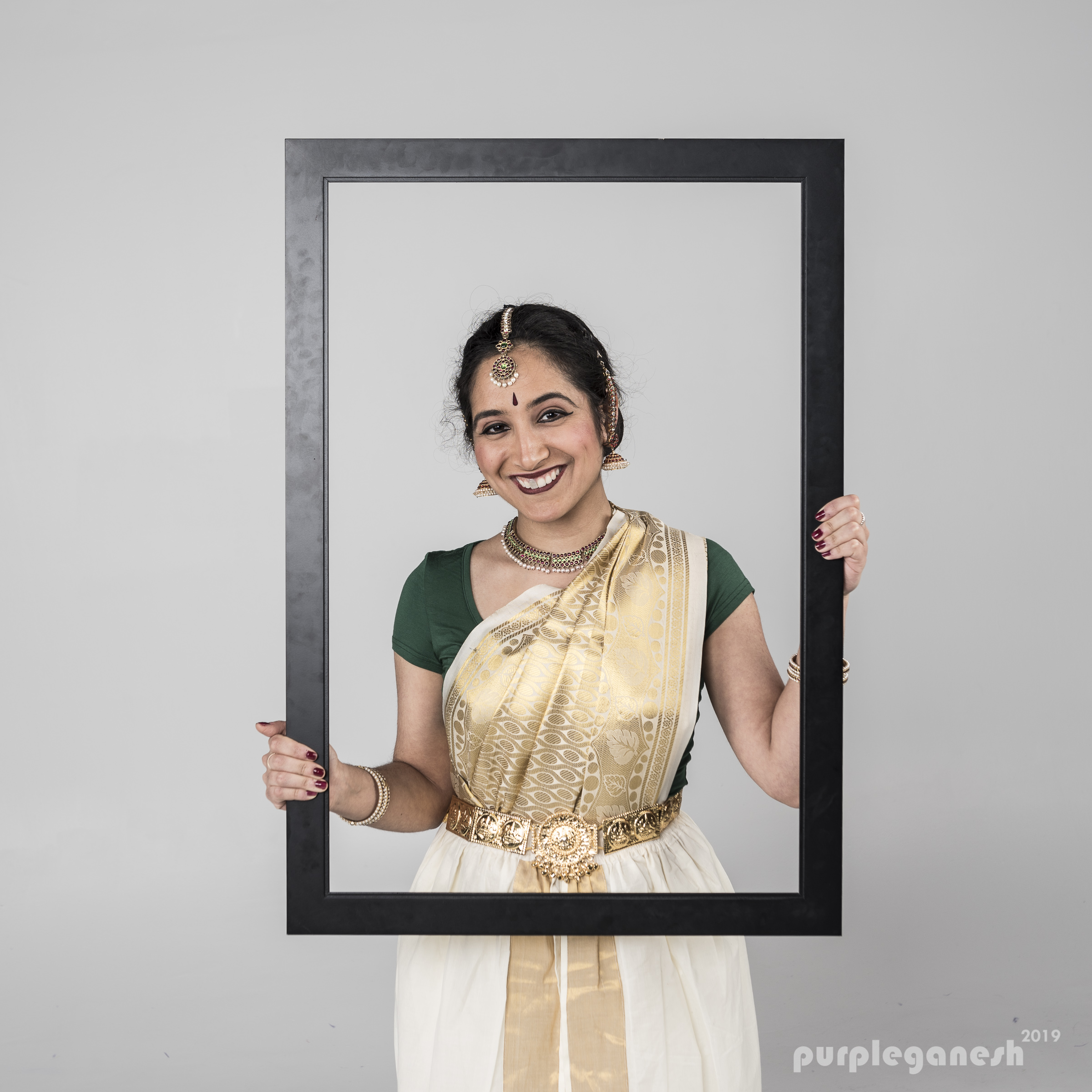 Divya Satishchandra - has been learning and performing Bharatnatyam for the last 17 years—with some breaks in between. She is a student of Smt. Sridevi Ajai Thirumalai and the Natyamani School of Dance, and joined the NATyA Dance Collective in 2017.