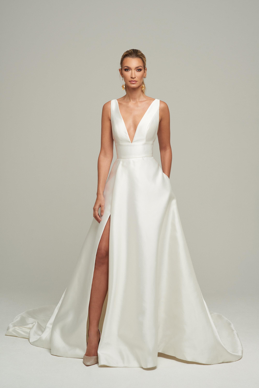 Amaline Vitale,Black Dress To Wedding