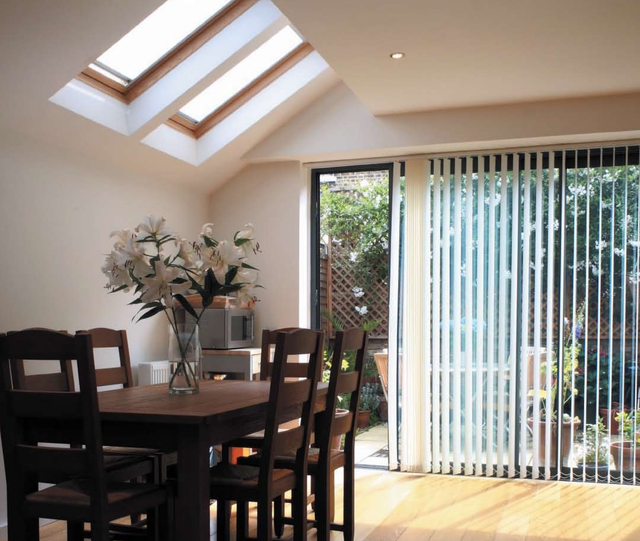 Sliding Doors - At Oakwood Windows we are proud to supply and install high specification Notus and Sash range of aluminium and UPVC sliding doors which can be designed specifically for your home.Our doors combine sleek design with the highest quality of security, energy efficiency and finish. Further personalise your doors by selecting from a wide range of single or dual colour variations and unique metallic finishes as well as multiple track options.If you would like to book a no obligation home survey please call our showroom team who will be more than happy to discuss your enquiry: 020 8361 0128.