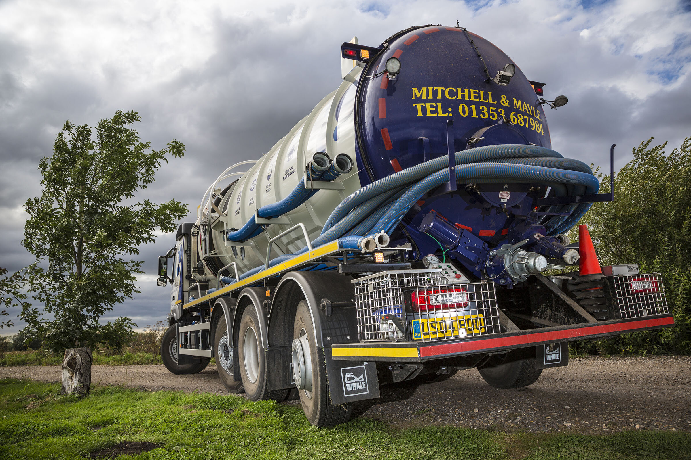 ABOUT US - Mitchell & Mayle Ltd is a drain specialist established since 1987, based in Ely. Our experienced team are here to help you with unblocking drains to repairing them, emptying septic tanks to installing them and we have the tools and knowledge to carry out the job perfectly, every time.