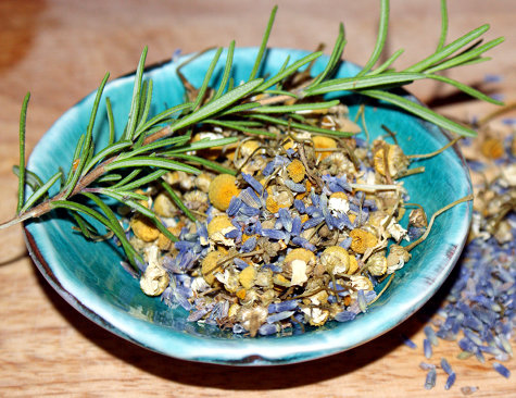 natural-herbs-for-bath-water.jpg