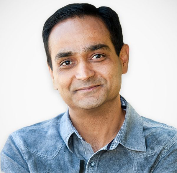 """""""If you read nothing else to improve your relationships with your current and future customers - and improve your bottom line as a result - read this."""" - Avinash Kaushik, Author, Digital Marketing Evangelist at Google"""