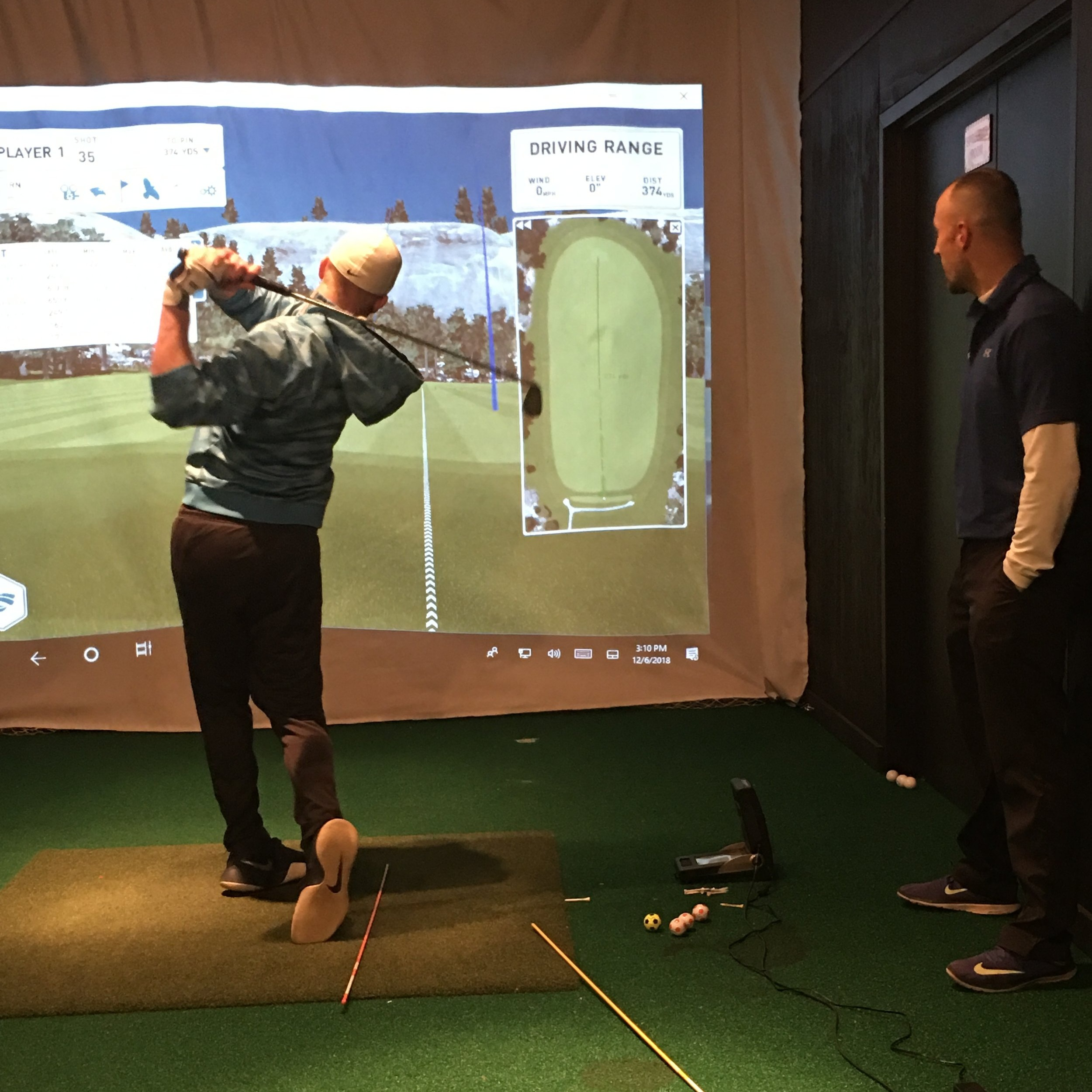 golf simulator 2.JPG