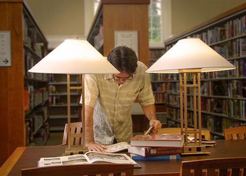 in library 2.jpg