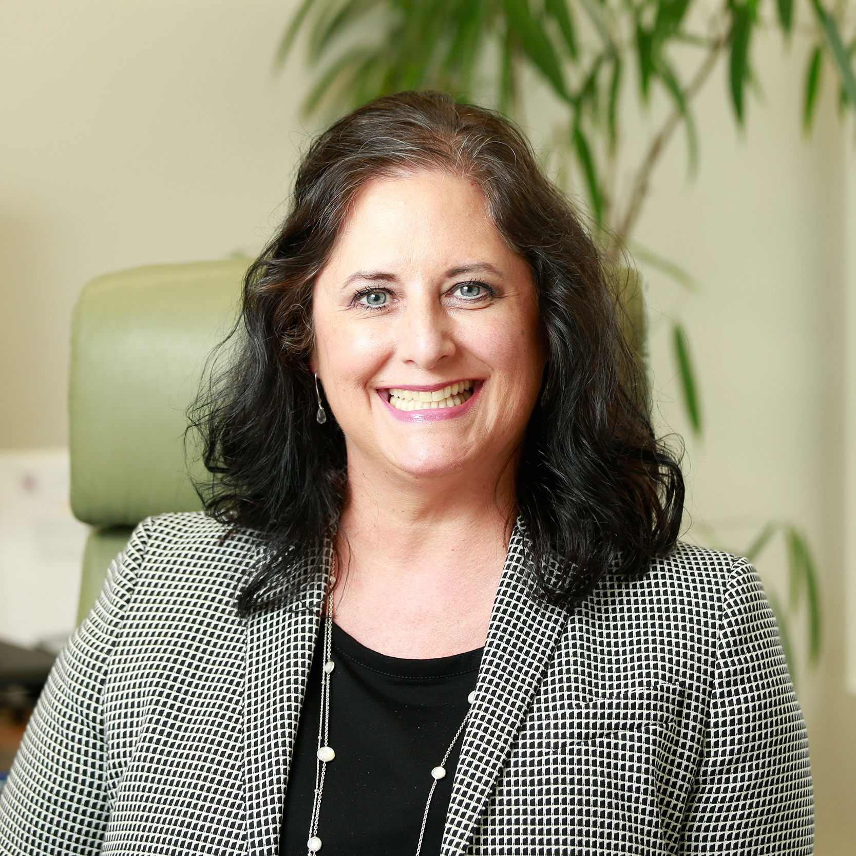 Maribeth Conway - Maribeth Conway's practice focuses on estate and tax planning, probate and trust administration, business succession and asset protection planning.