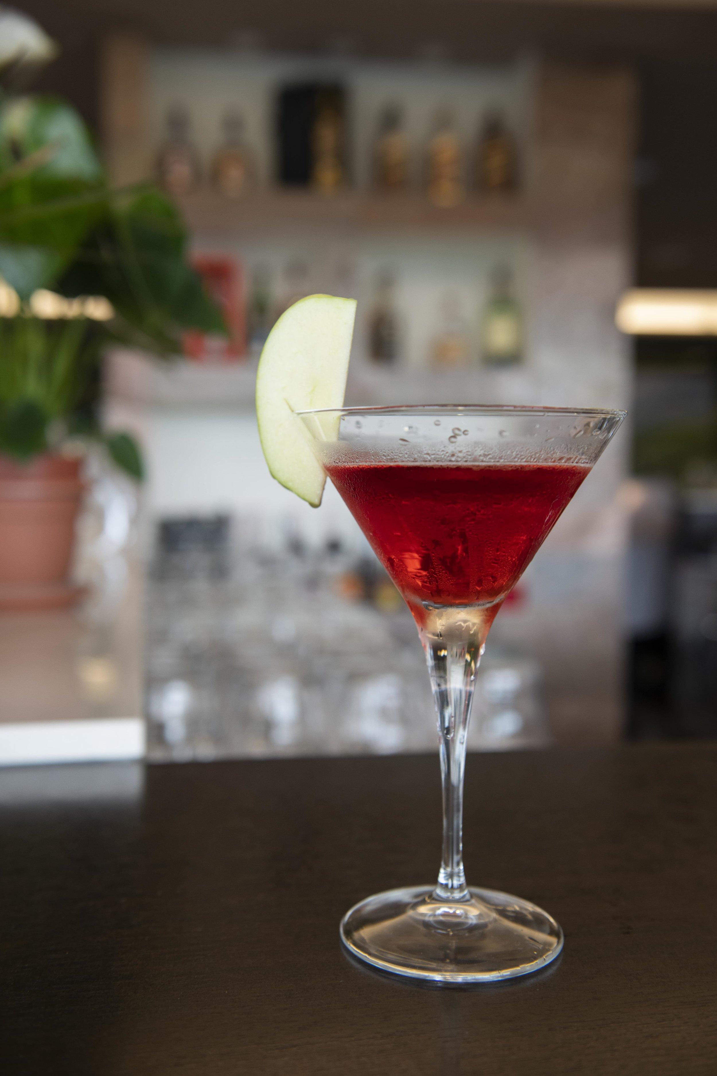 Lal Qila - Vodka, strawberry & green appleHRK 40