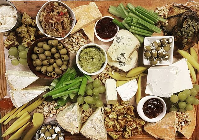 What is better than a cheese and veg platter shared with friends? #puhoi #organic #platter #cheese #fresh #vegetables #partytime #share #homemade #queenstownfood #cafe #privatefunction