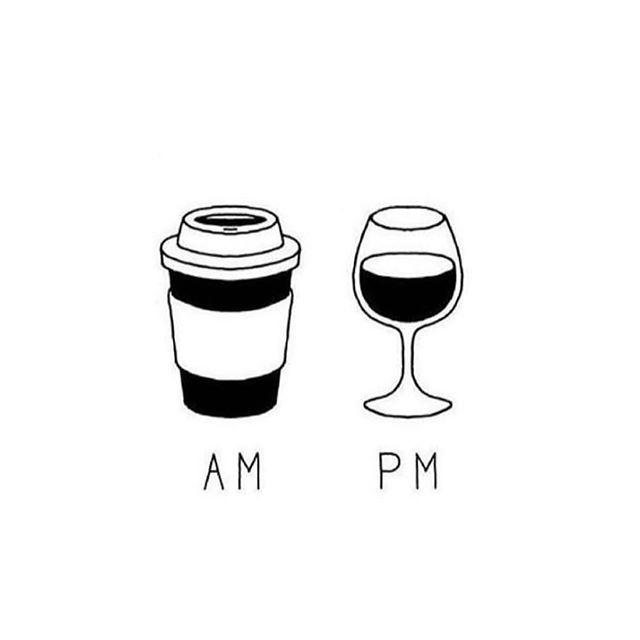 It is Friyay ! Happy week end everyone !  #coffeevswine #fridayfeels #teamcoffeeorteamwine
