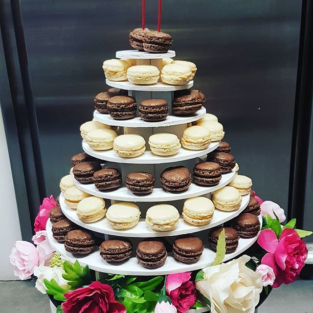 Birthday cake ! ❤ #macarons #frenchtouch #birthdaycake #homemade #delicious