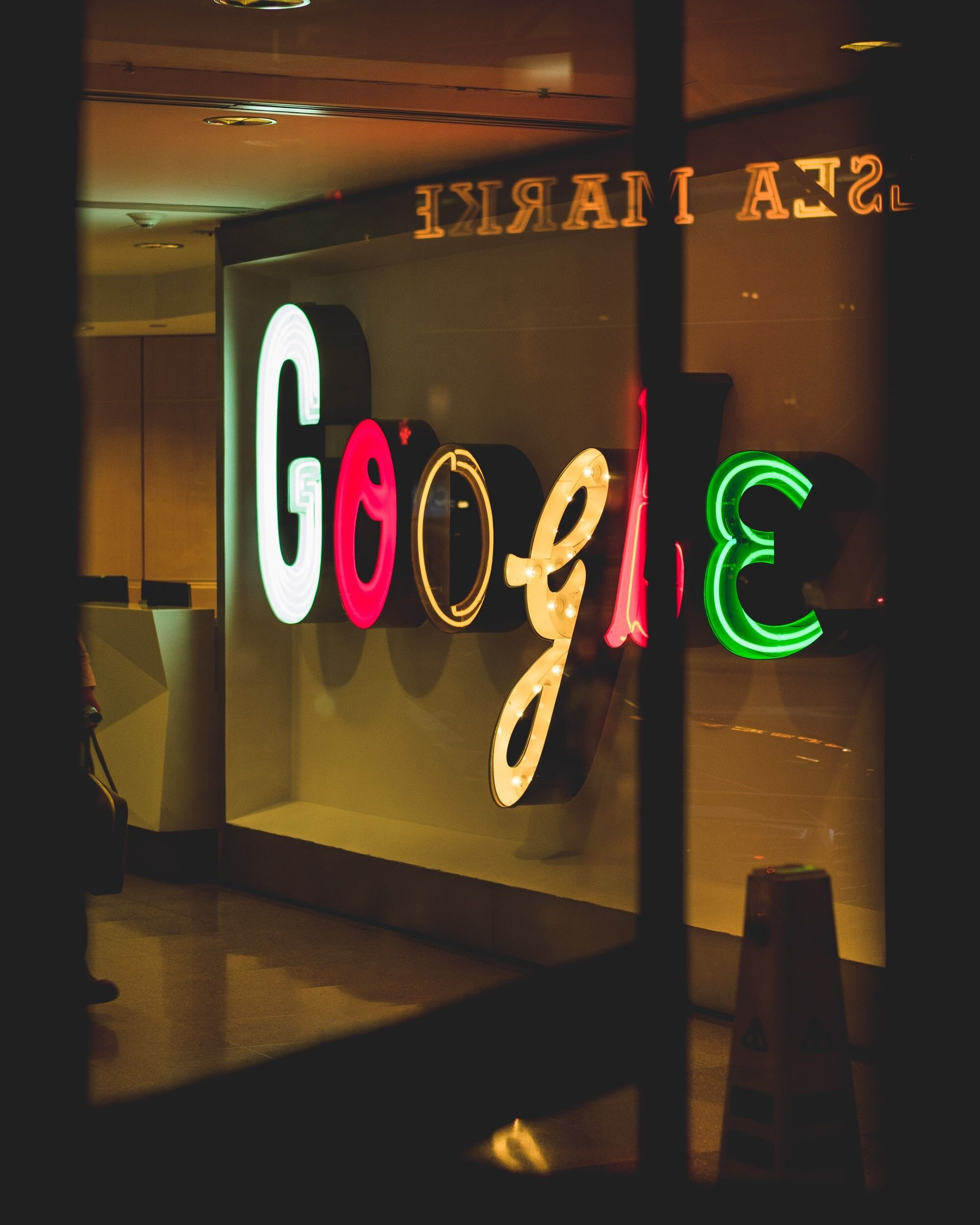 Google_Light Sign.jpg