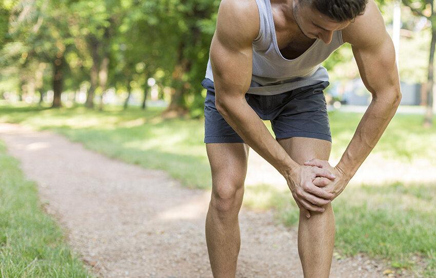 Knee pain chiropractic.jpg