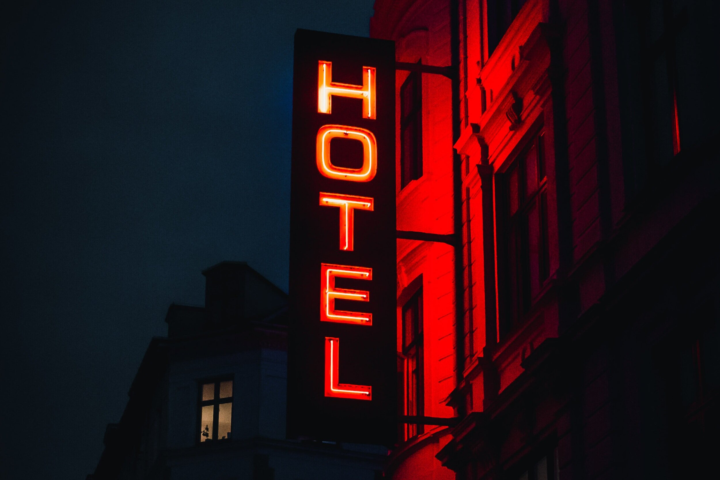 2) Knowledge of the hotel industry - This is a must. It is of no use to reinvent the wheel and to build everything from scratch. There are no 10 ways of looking at booking pace. However, there are a lot of nuances from what perspective you can look at it. For instance, one would look at the evolution of booking pace instead of looking one static image.
