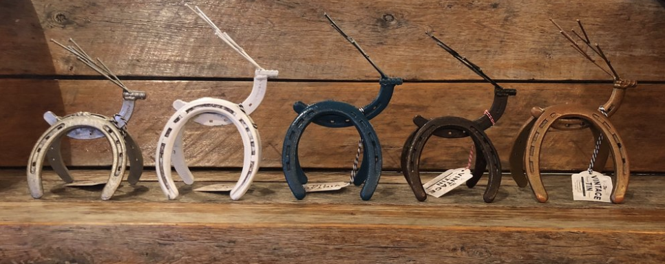 horseshoe reindeer.png