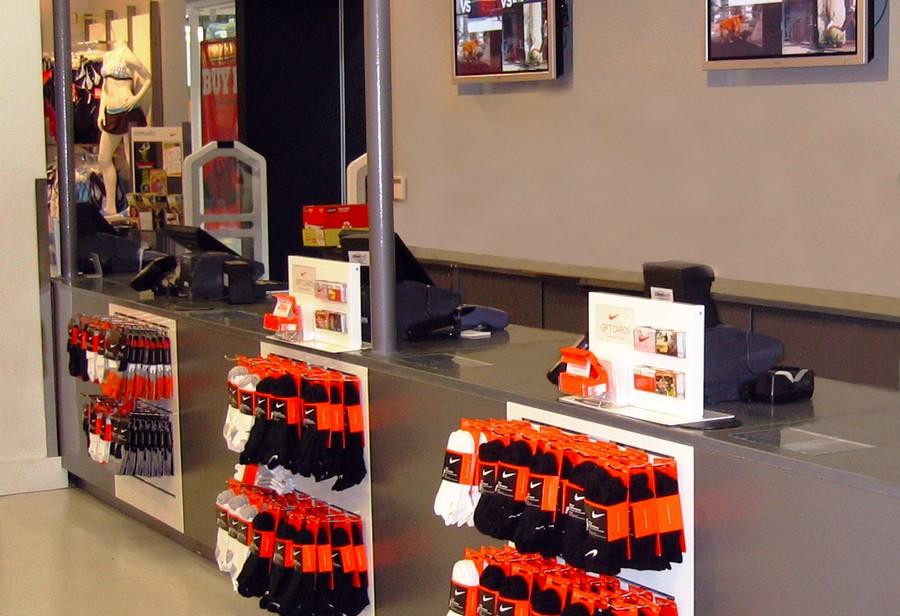 Nike: Service Countertop