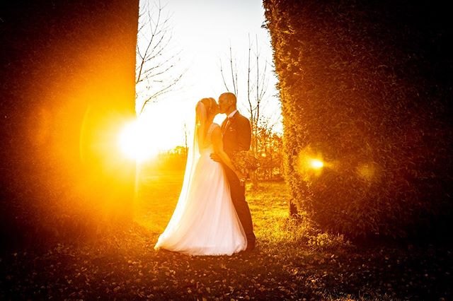 Massive apologies you havent heard from us in a while, but we have plenty for you to see. Anyway here is a lovely throwback Image taken at @southfarm1 of this lovely couple.  #wedding #weddingphotography #photographer #summerwedding #sunset #photo #instapic #landscape #couplepic #hertfordshireweddng #bestweddingpicture