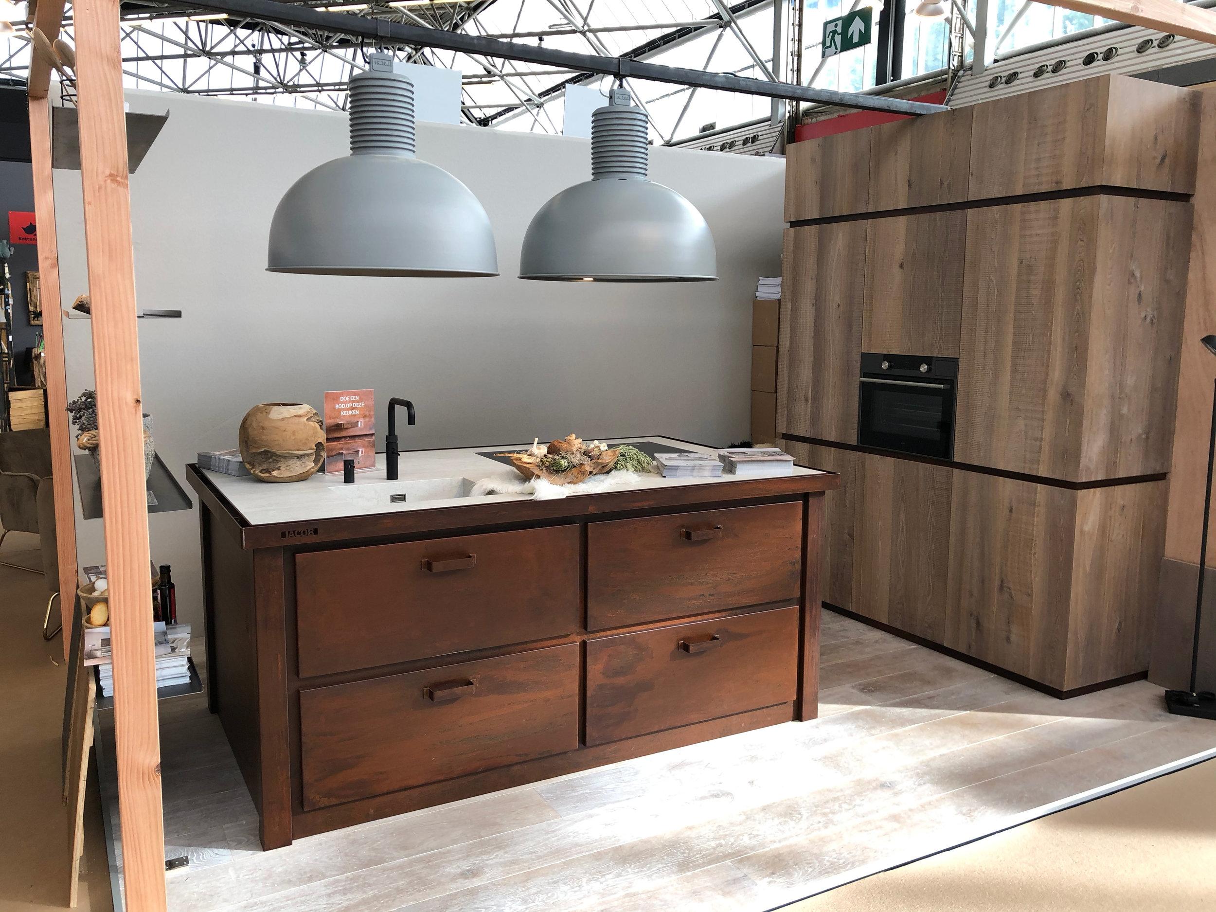 Beurs keuken model Milano verroest en verourderd staal.jpg