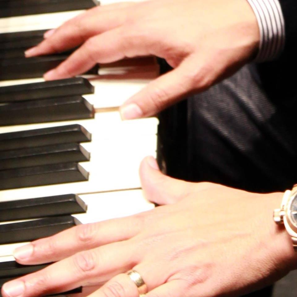 Tony's Fingers on Piano's as a page .jpg
