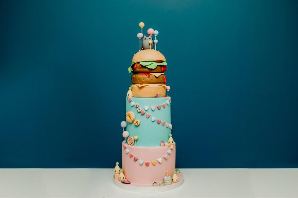vegan-birthday-cake-pusheen.jpg