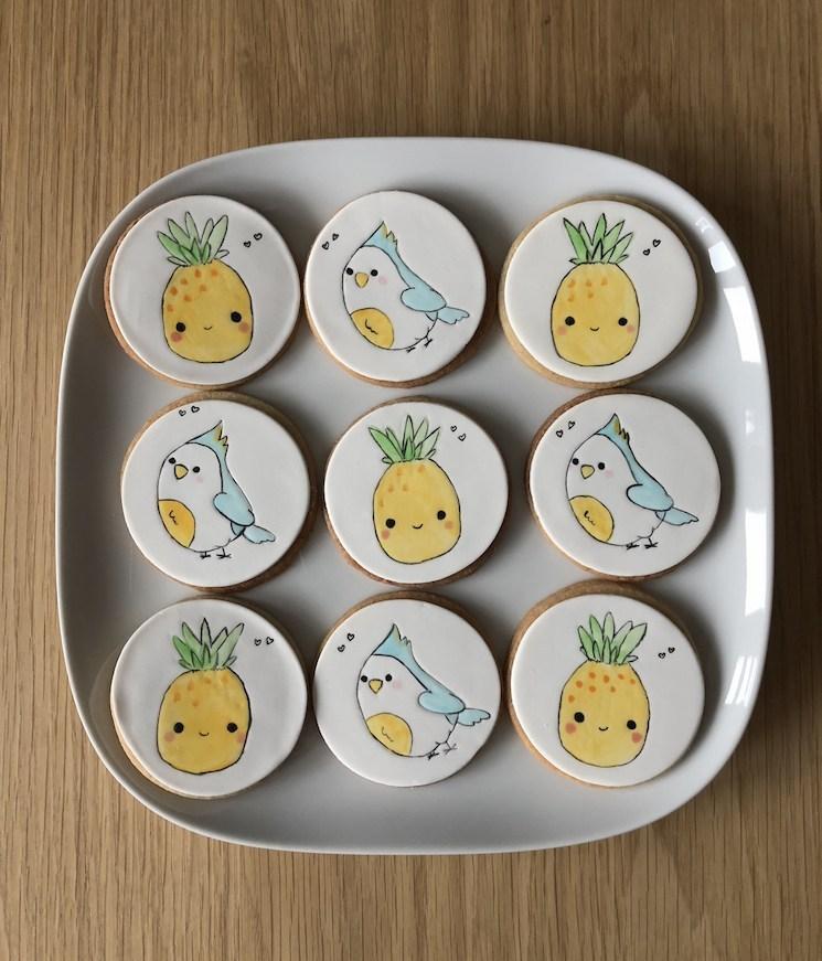 handpainted-pineapple-cookies.jpg