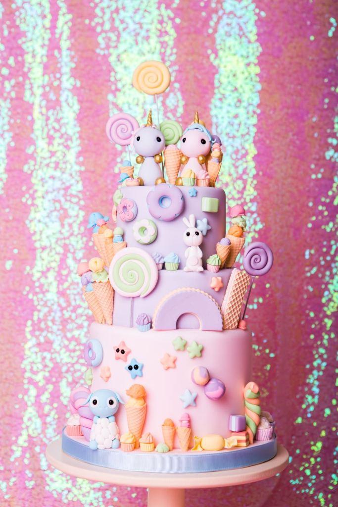 08-unicorn-vegan-wedding-cake.jpg