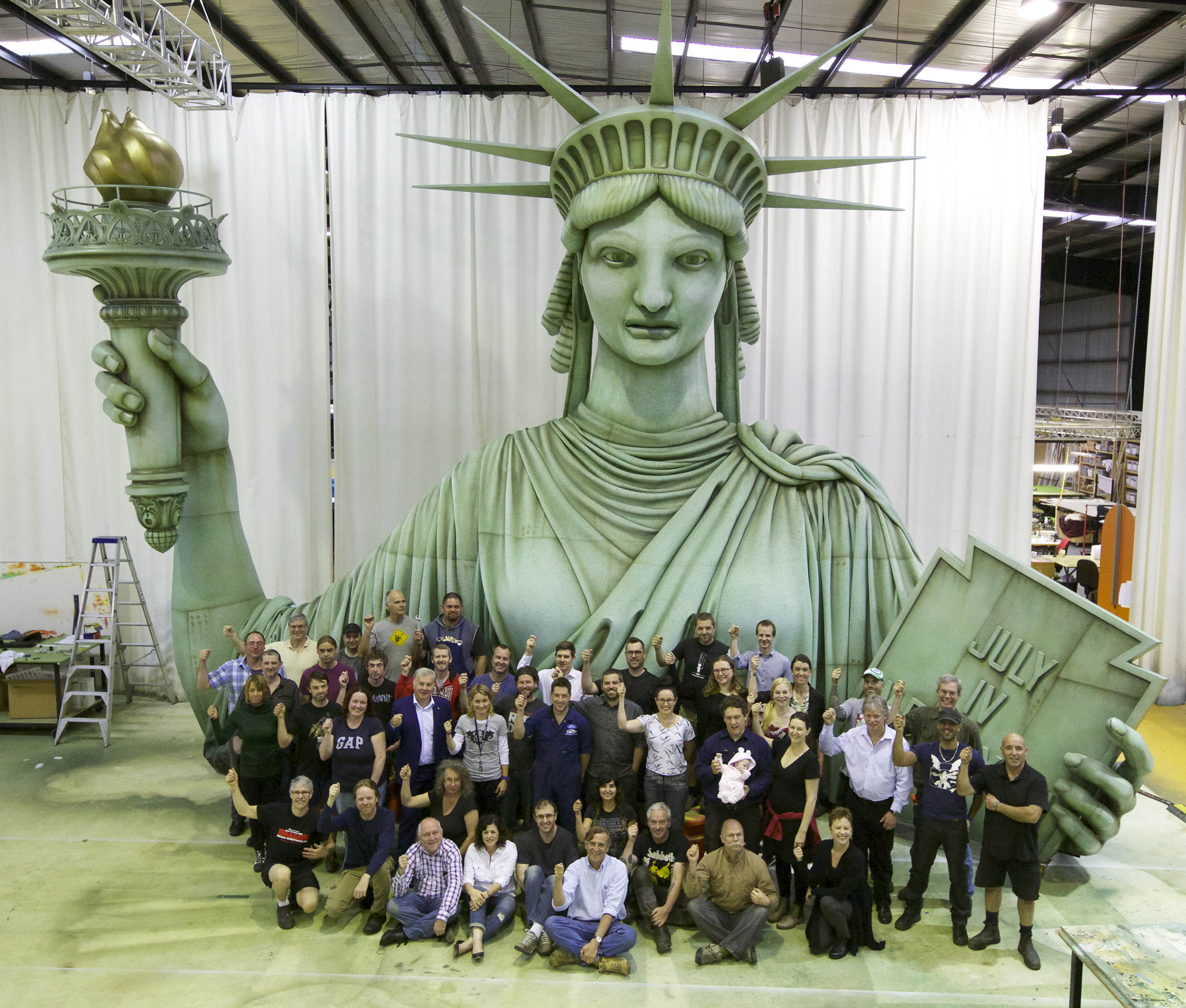 Liberty with Staff_2500.jpg