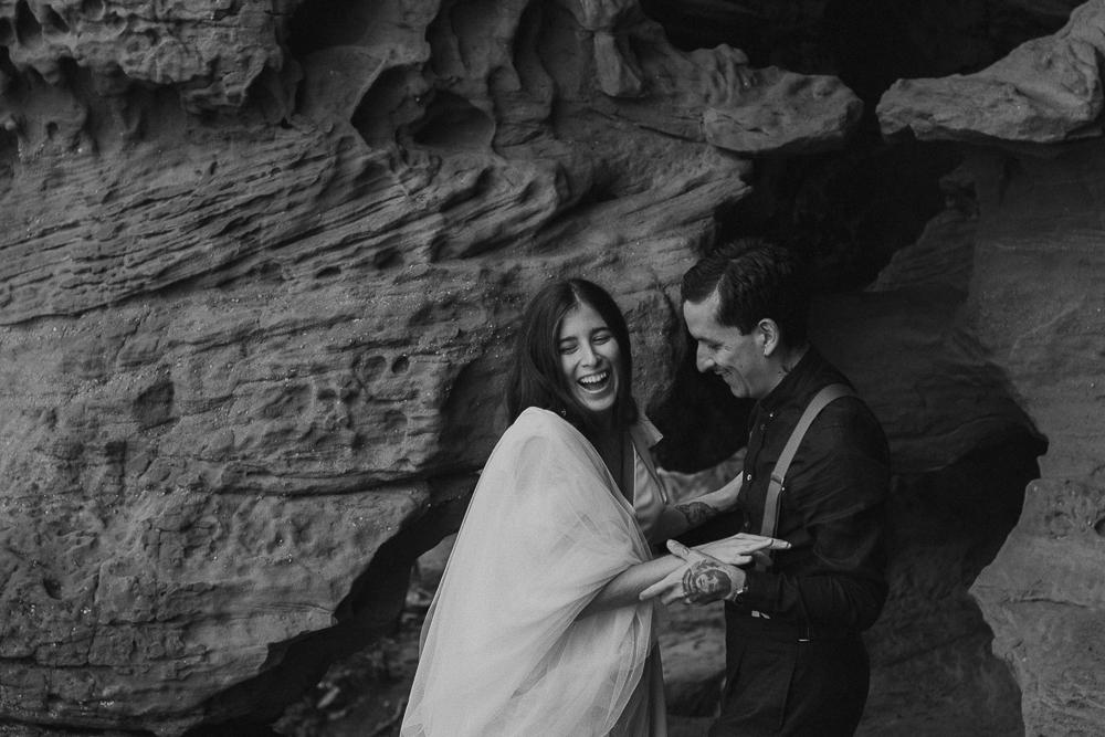 red_rock_cave_elopement_barcelona-36.JPG