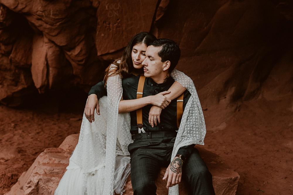 red_rock_cave_elopement_barcelona-93.JPG