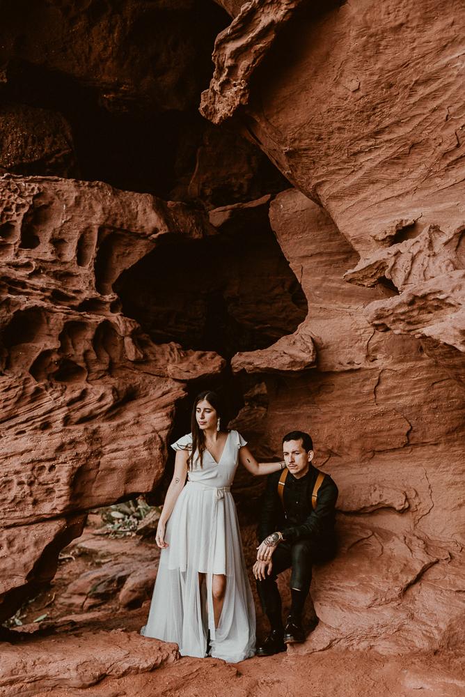 red_rock_cave_elopement_barcelona-114.JPG