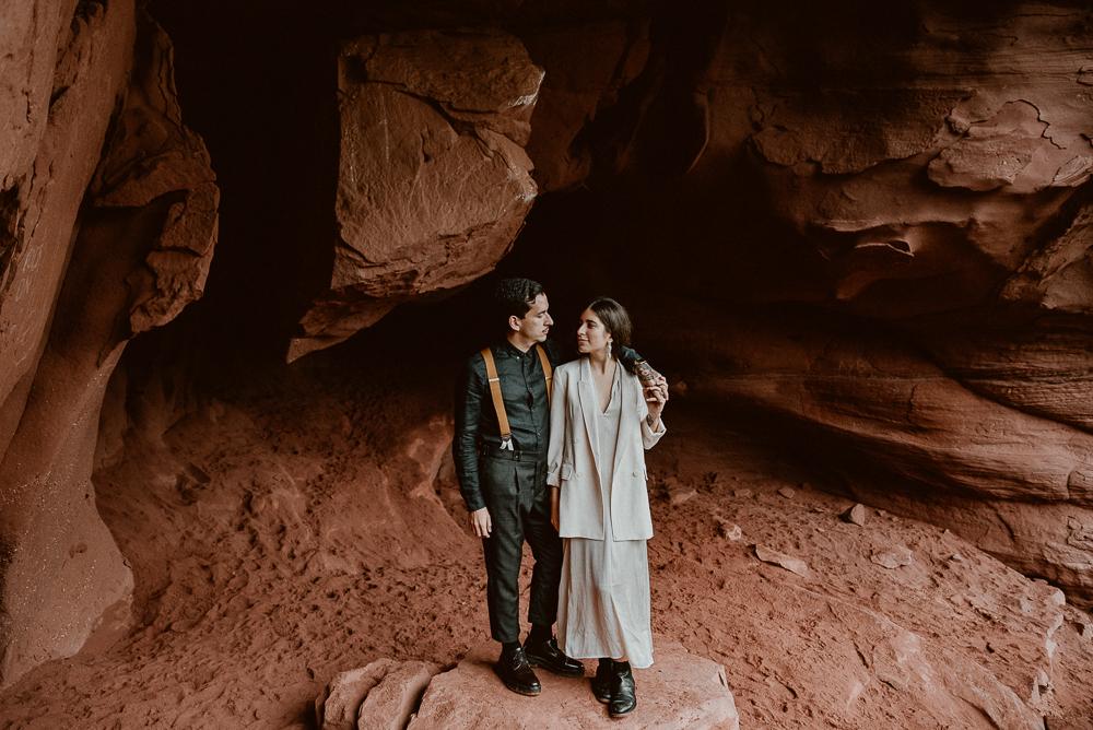 red_rock_cave_elopement_barcelona-130.JPG