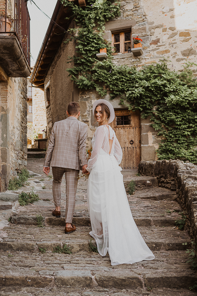 wedding_in_medieval_town_barcelona-31.JPG