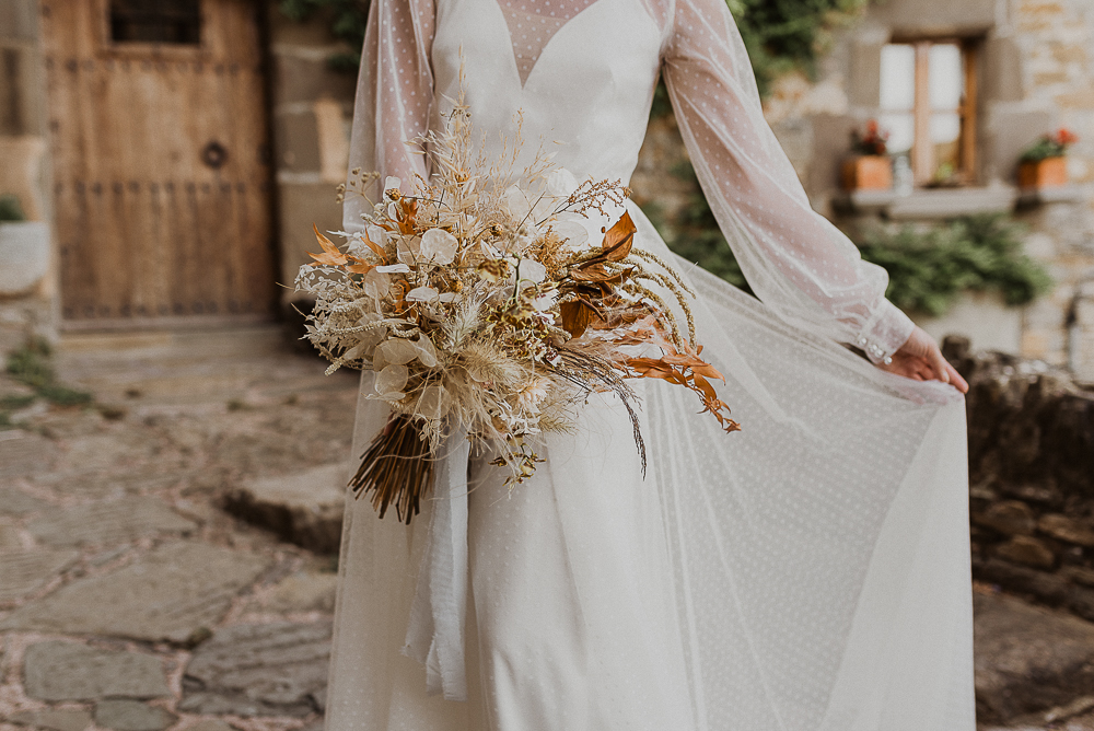 wedding_in_medieval_town_barcelona-36.JPG