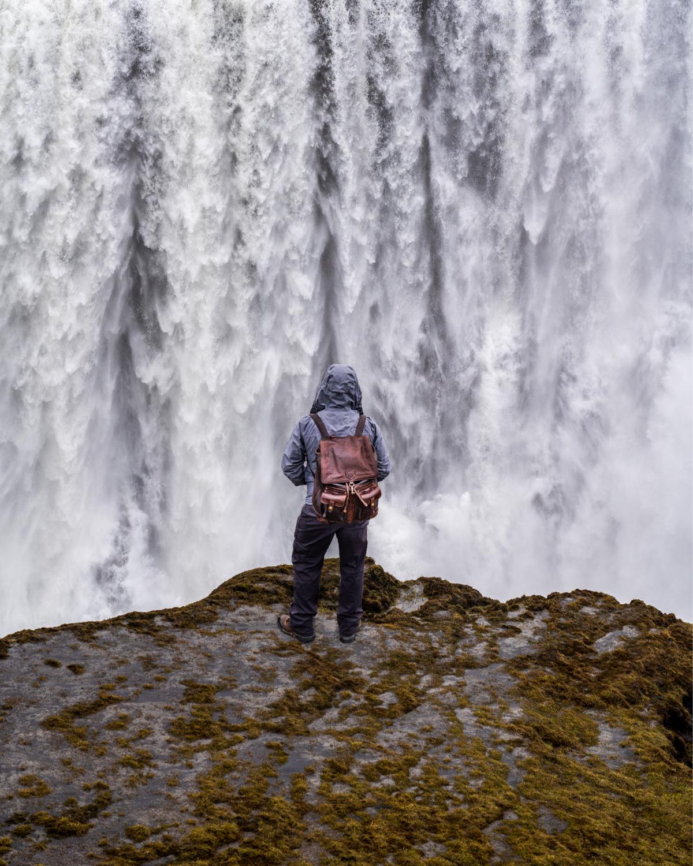 red_11_media_waterfall.jpg