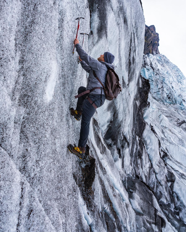 red_11_media_ice_climbing.jpg
